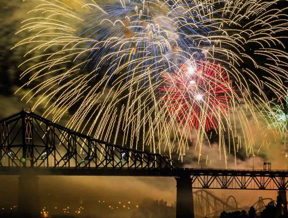 https://bli.ca/wp-content/uploads/2021/03/Fireworks-Montreal-948x720.jpg
